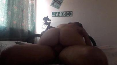 jovencita colombiana